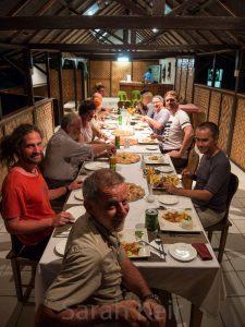 Group dinner, Kokopo