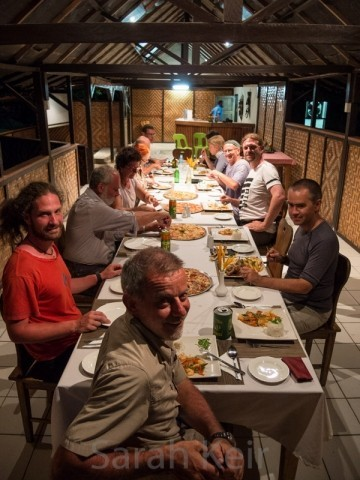 Group dinner, Kokopo